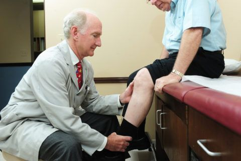 Чтобы был поставлен правильно диагноз, больной должен посетить врача и пройти всестороннее обследование.