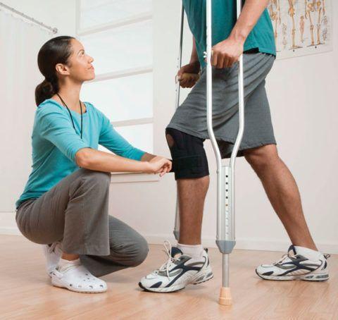 Реабилитация суставов проводится после гипса