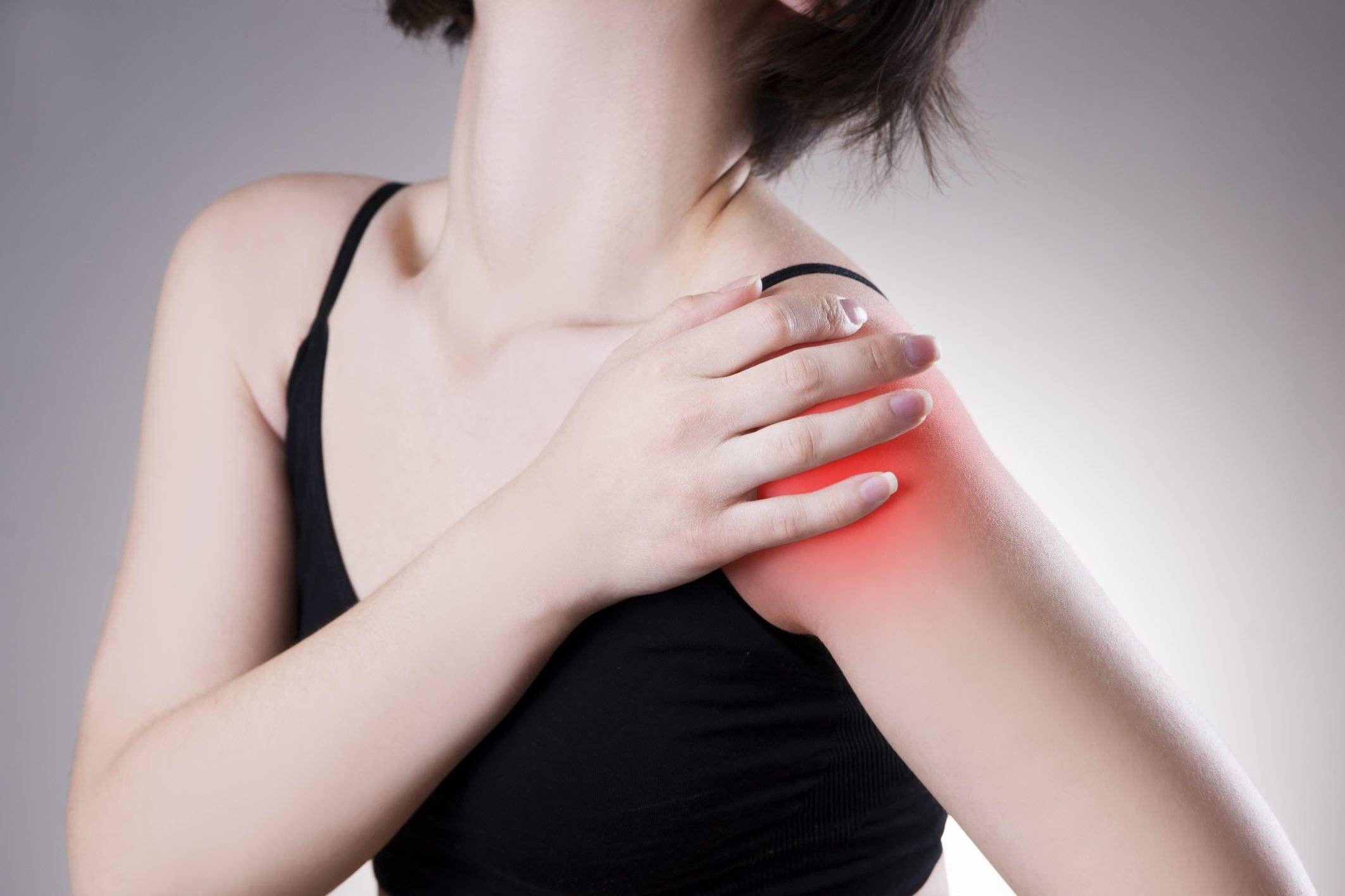 Пациента при артрозе беспокоит боль и ограничение движений