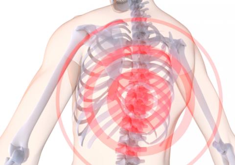 Боль в спине – один из признаков остеохондроза