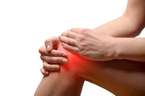 При реактивном артрите обычно поражаются колени