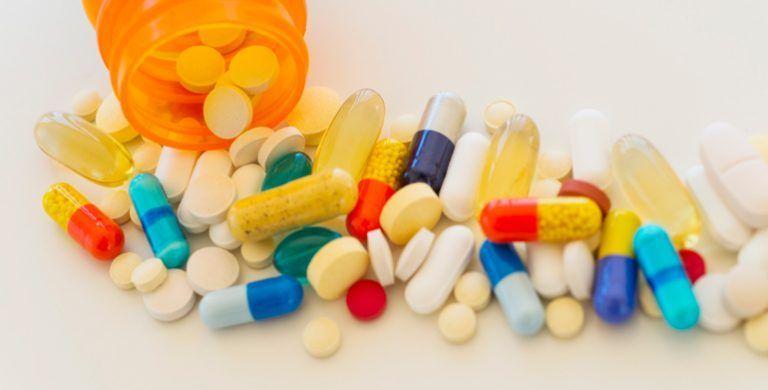 Для лечения туберкулеза костей назначают ряд препаратов. В первую очередь – это специфические антибиотики.