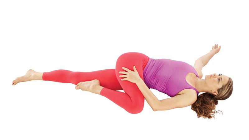 Упражнение надо выполнить по 1,5 минуты в каждую сторону