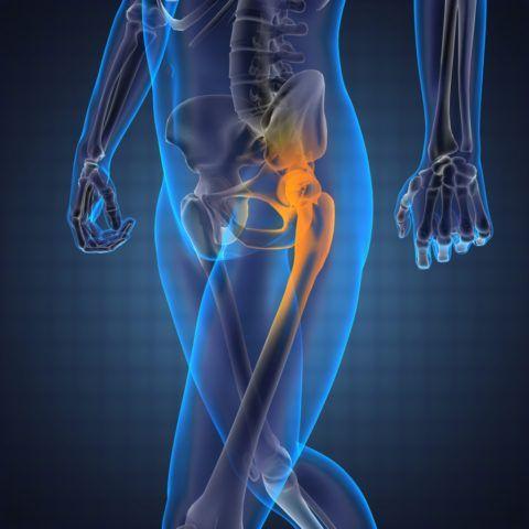 Стреляющая боль в правой или левой ноге - частый симптом заболеваний