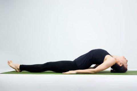 Если были травмы спины, то упражнение лучше пропустить