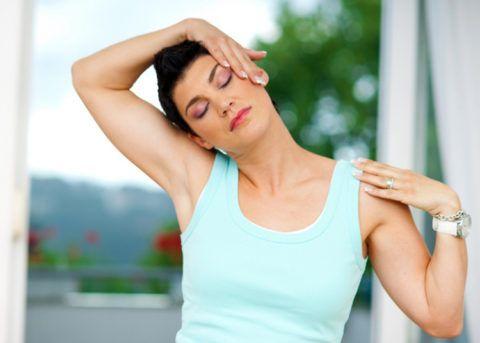 Упражнения при шейном остеохондрозе: подборка 7 лучших
