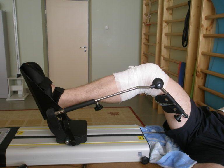 Упражнения после эндопротезирования коленного сустава – когда и как нужно заниматься?