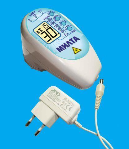С помощью этого аппарата можно осуществлять физиотерапевтическое лечение в домашних условиях