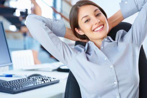 Стоит знать какие упражнения нужно делать при шейном остеохондрозе на рабочем месте