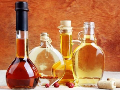 Для лечения суставных хворей используют различные настойки на натуральном сырье.