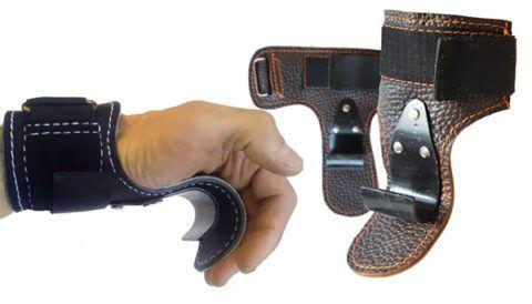 Специальные крюки защитят лучезапястные суставы и кожу на ладонях