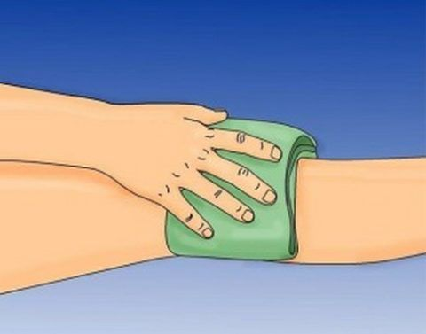 Компрессы для суставов снимают болезненность и отеки, уменьшают их хруст.