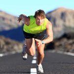 Щелчки в коленях могут быть слышны и у профессионалов, при длительных интенсивных занятиях