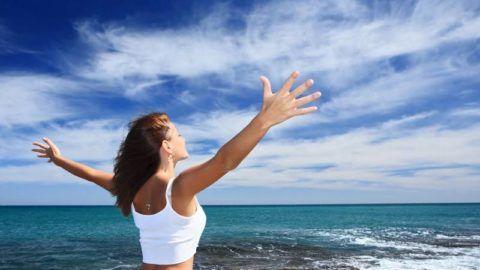 Специалисты рекомендуют «приветствовать» каждое утро зарядкой (разминкой) суставов