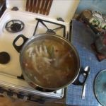 Варят субпродукт довольно долго, за час до окончания варки добавляют соль и специи