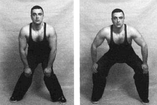 Вращения коленей вовнутрь, а потом наружу помогут восстановлению больных сочленений.