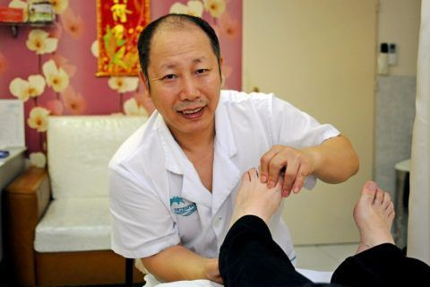 Лечением суставов в Китае занимаются уже много веков