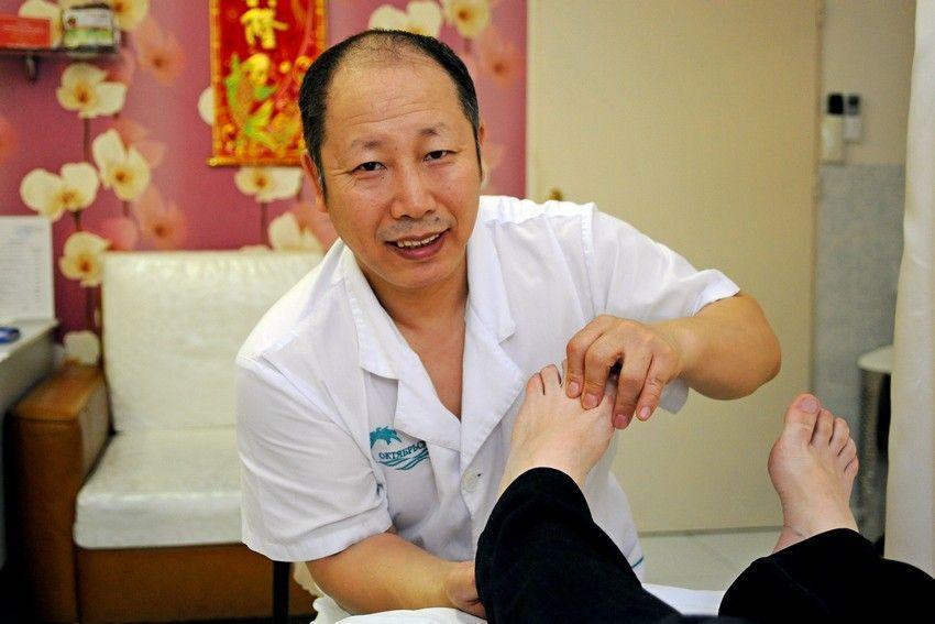 Лечение суставов в Китае: санатории, целебные средства