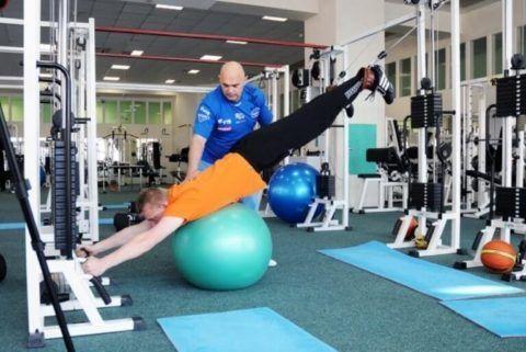Прежде чем выполнять суставную гимнастику Бубновского, посоветуйтесь с врачом