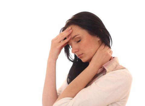 Если причина – остеохондроз, то симптом будет не единственным