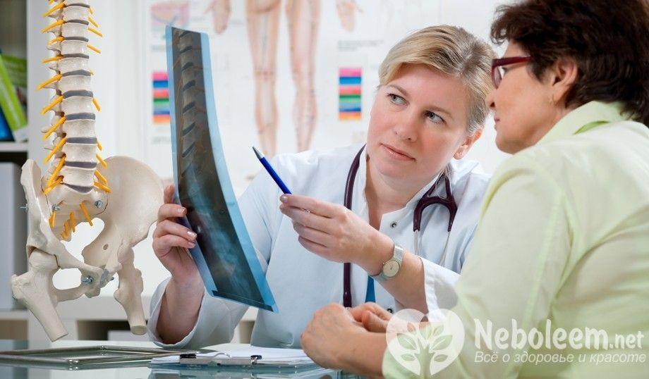 Коварный остеохондроз: какой врач лечит и что это за болезнь?