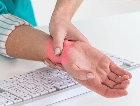 Почему болят суставы кистей рук и пальцев должен устанавливать только врач