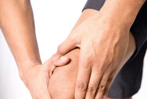 Часто хрустят суставы в коленях
