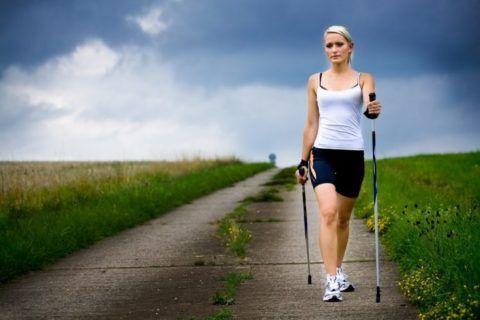 Длительность пеших прогулок, после повреждений конечностей, следует наращивать постепенно.