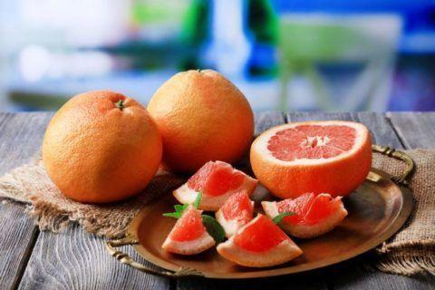 Большую пользу организму приносят фрукты