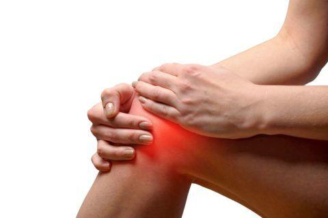 Хирургическое лечение позволяет вернуть колену функциональность и убрать болевой синдром.