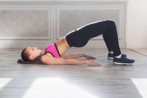 Осуществление упражнения на примере молодой пациентки.