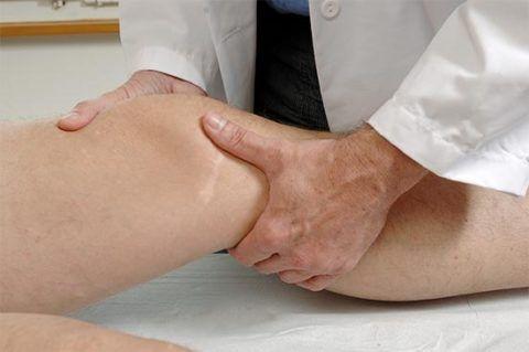 При появлении боли, обращаться в врачу нужно как можно скорее, чтобы не упустить время