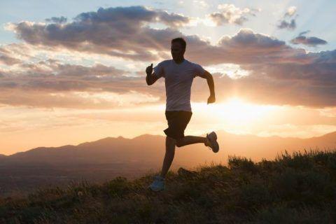 Рекомендуется больше ходить и бегать