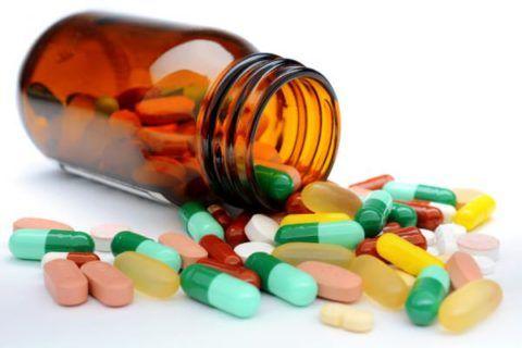 Схема лечения медикаментозными препаратами, после оперативного вмешательства на позвоночнике, должна строго соблюдаться медперсоналом и самим больным.