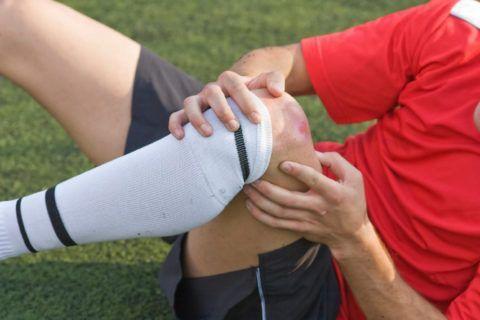 Травмы колена наиболее часто возникают при занятиях спортом