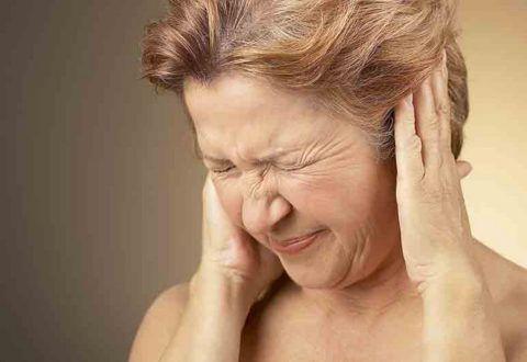 Боли в ухе