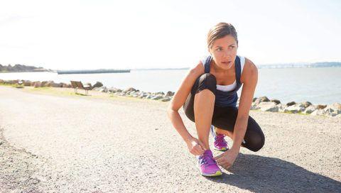 Патологический процесс может развиться на фоне полученной травмы во время занятий спортом.