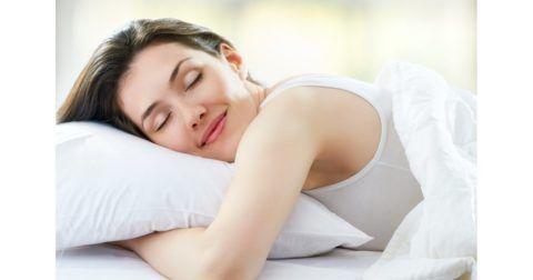 Регулярный прием чая поможет, в том числе, улучшить сон и качество жизни в целом.