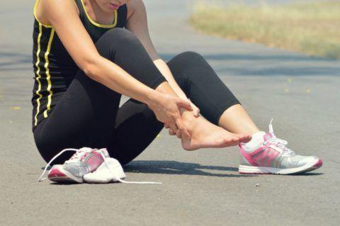 Травму голеностопа может спровоцировать резкое движение