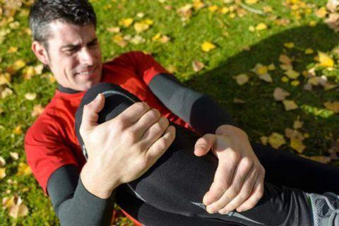 Частые травмы сочленений могут привести к необратимым патизменениям в суставе.
