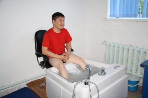 В восстановительный период больному суставными недугами рекомендуют пройти санаторно-курортное лечение в профильном медучреждении.