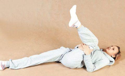 Упражнения ЛФК улучшат кровообращение и ускорят регенерацию суставных тканей.