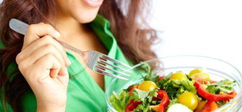 В зависимости от причины защемления нервов, врачи иногда настаивают на соблюдении строгих рекомендаций по питанию.