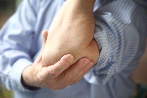 Возможность выполнения упражнений после травмы обсуждается в индивидуальном порядке.