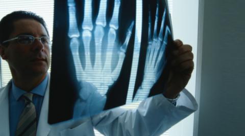 Уточнить вид полученного повреждения может только рентген