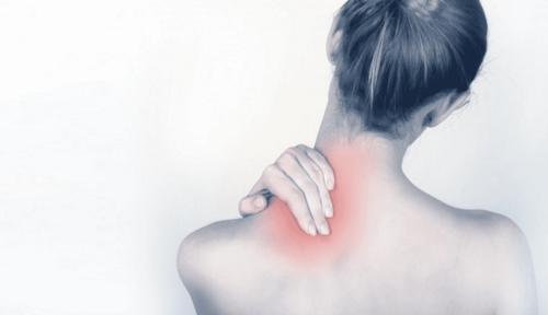 При миозите боль не бывает «кинжальной», чаще всего она тупая и ноющая
